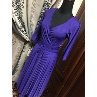 ビーシービージーマックスアズリア(BCBGMAXAZRIA)のBCBG MAXAZRIA  ビーシービージーマックスアズリア  ドレス(ひざ丈ワンピース)