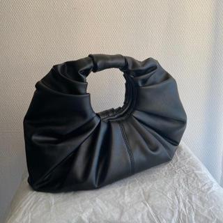 Bottega Veneta - CROISSANT BAG バッグ