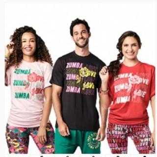 ズンバ(Zumba)の【正規品】最新作ズンバTシャツ(赤)1枚(Tシャツ/カットソー(半袖/袖なし))