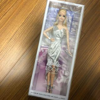 バービー(Barbie)のBarbie バービールック・シティ・シャイン シルバードレス(ぬいぐるみ/人形)