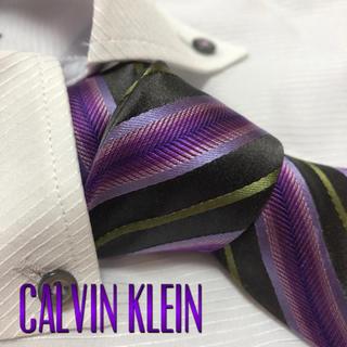 カルバンクライン(Calvin Klein)のカルバンクライン  ネクタイ【美品】レジメンタル 光沢(ネクタイ)