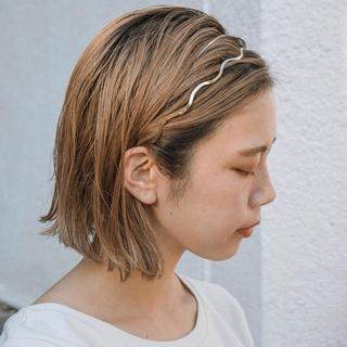 アースミュージックアンドエコロジー(earth music & ecology)のwave headband(カチューシャ)