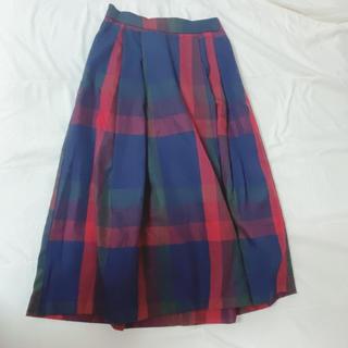 ミーア(MIIA)のMIIA 赤チェックスカート(ひざ丈スカート)