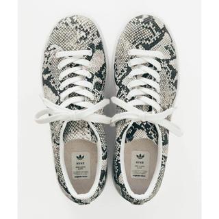 HYKE - adidas by HYKE HAILLET