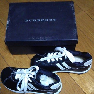BURBERRY LONDON KIDS スニーカー