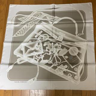 """エルメス(Hermes)のHERMESスカーフ カレ90""""プリーズチェックイン""""(スカーフ)"""