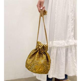 アングリッド(Ungrid)のUngrid ジャカード巾着バッグ イエロー 美品 AMAIL todayful(ハンドバッグ)