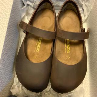 ビルケンシュトック(BIRKENSTOCK)のビルケンシュトック マントバ サイズ38  24.5cm 色 ハバナ(ローファー/革靴)
