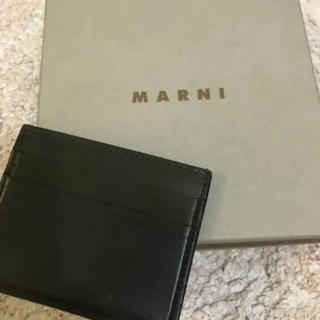 マルニ(Marni)のMARNI カードケース バイカラーデザイン(名刺入れ/定期入れ)