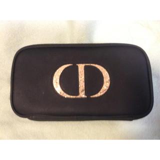 クリスチャンディオール(Christian Dior)のDiorのブラシセットとポケットいっぱいのポーチ❤️黒にゴールドの大きなロゴ❤️(ポーチ)