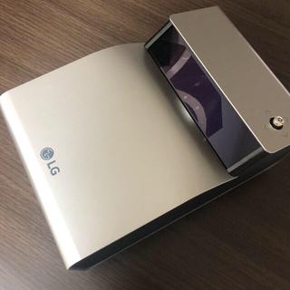 エルジーエレクトロニクス(LG Electronics)のほぼ未使用品 LG プロジェクター PH450UG 超短焦点(プロジェクター)
