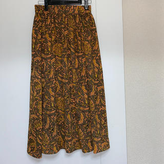ミスティウーマン(mysty woman)のレディース スカート 膝丈 花柄(ひざ丈スカート)