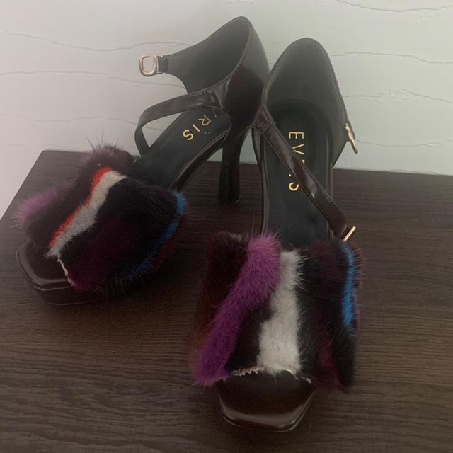 EVRIS(エヴリス)のEVRIS ファーサンダル ヒール レディースの靴/シューズ(ハイヒール/パンプス)の商品写真