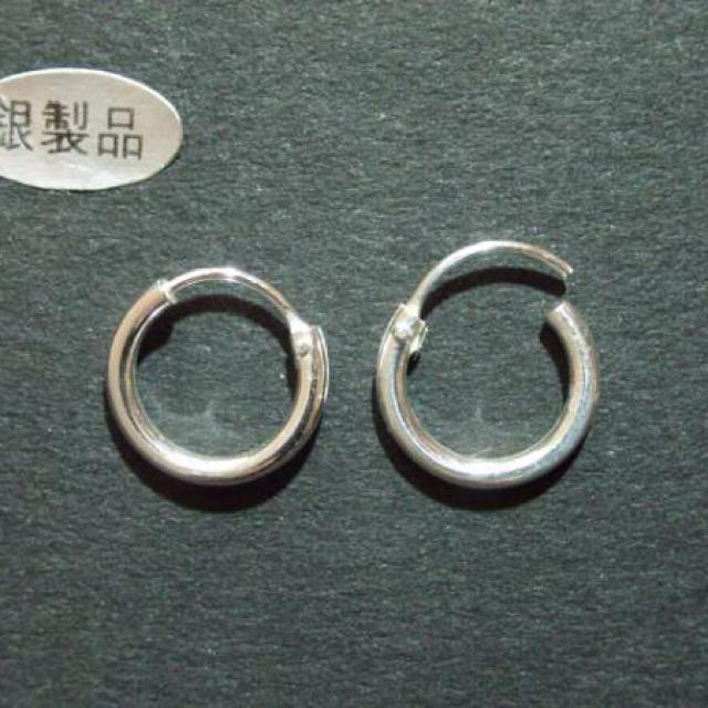 シルバー925フープピアス10ミリ2個 メンズのアクセサリー(ピアス(両耳用))の商品写真