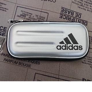 アディダス(adidas)のアディダスペンケース  セミハード(ペンケース/筆箱)