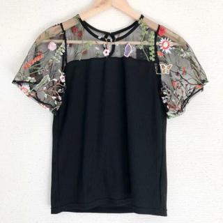 ZARA - 袖チュール&お花刺繍が可愛い(๑˃̵ᴗ˂̵)✨‼️リブ❤️伸縮性あるブラウス