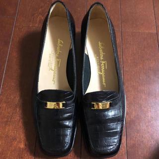 サルヴァトーレフェラガモ(Salvatore Ferragamo)のフェラガモのローファー(ローファー/革靴)