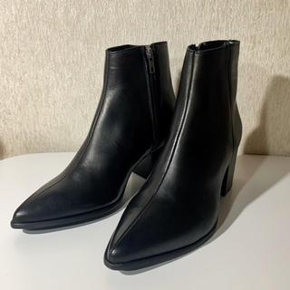 エイソス(asos)の【ASOS】ヒールブーツ*ブラックレザー&ソール UK5サイズ(ブーツ)