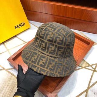フェンディ(FENDI)の5500円★在庫ありFENDIフェンディロゴ男女兼用ハット帽子(キャップ)