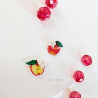 りんごのフェミニンピアス(ピアス)