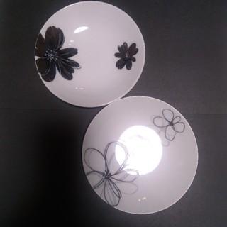 レノマ(RENOMA)のrenoma 小皿 花柄 2枚セット 未使用 ぺア デザート プレート(食器)