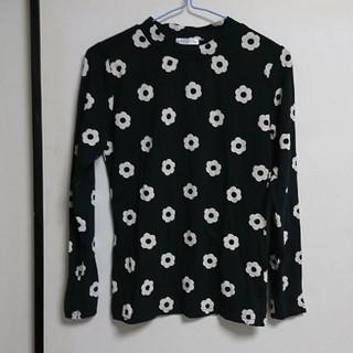 ハニーズ(HONEYS)の花柄ロンT(Tシャツ(長袖/七分))