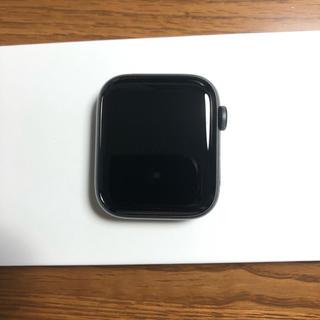 アップルウォッチ(Apple Watch)のApple watch se space gray 44mm 【むーみん様専用】(その他)