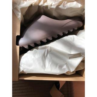 アディダス(adidas)のADIDAS YEEZY SLIDE SOOT 26.5cm(サンダル)