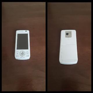 エヌティティドコモ(NTTdocomo)のガラケー docomo D904i(携帯電話本体)