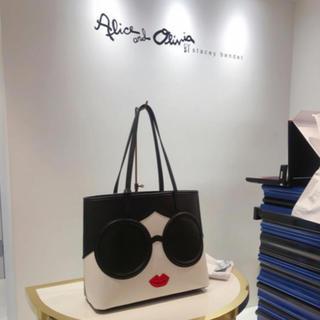 アリスアンドオリビア(Alice+Olivia)のAlice Olivia ステイシーフェイス トートバッグ 新品(トートバッグ)