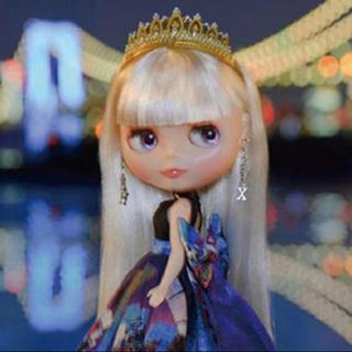 タカラトミー(Takara Tomy)のCWC限定19周年アニバーサリーネオブライス「トーキョー・ブライト」(人形)