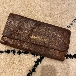 ミュウミュウ(miumiu)のミュウミュウ財布ゴールド長財布(長財布)