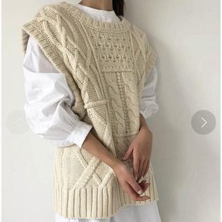 トゥデイフル(TODAYFUL)のTODAYFUL ケーブルニットベスト cable knit vest(ベスト/ジレ)