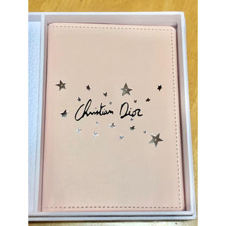 クリスチャンディオール(Christian Dior)のパスポートケース(パスケース/IDカードホルダー)