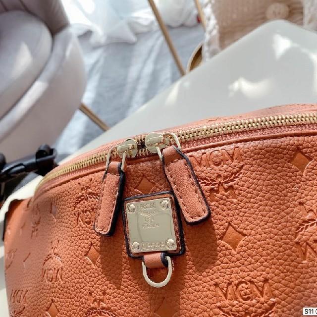 MCM(エムシーエム)のMCMボディバッグ/ウエストポーチ レディースのバッグ(ボディバッグ/ウエストポーチ)の商品写真