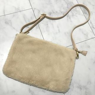 ナチュラルビューティーベーシック(NATURAL BEAUTY BASIC)のNatural Beauty Basic ボアバッグ(ショルダーバッグ)