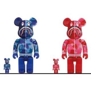 BE@RBRICK BAPE 100% & 400% 2体セット ピンク ブルー(その他)