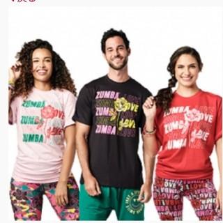 ズンバ(Zumba)の【正規品】新作ズンバTシャツ(赤)1枚(Tシャツ/カットソー(半袖/袖なし))