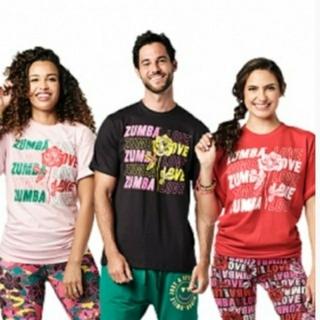 ズンバ(Zumba)の【正規品】新作ズンバTシャツ(黒)1枚(Tシャツ/カットソー(半袖/袖なし))