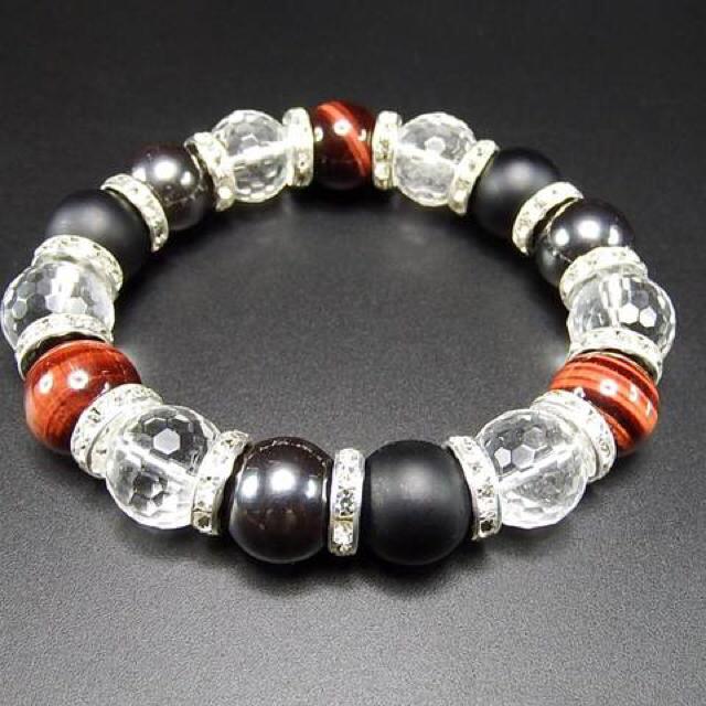 大玉天然石水晶レッドタイガーアイフロスト メンズのアクセサリー(ブレスレット)の商品写真