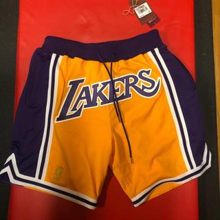 ミッチェルアンドネス(MITCHELL & NESS)のmitchel&ness x justdon Lakers ショーツ L(ショートパンツ)