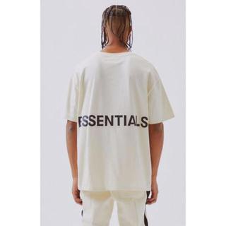 フィアオブゴッド(FEAR OF GOD)の【新品未使用】FOG Essentials GRAPHIC Tシャツ クリーム(Tシャツ/カットソー(半袖/袖なし))