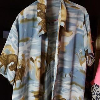 ローズバッド(ROSE BUD)のサファリ柄ヴィンテージレーヨンシャツ(シャツ/ブラウス(半袖/袖なし))