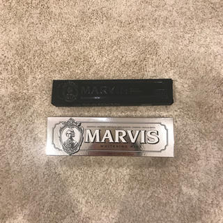 MARVIS - MARVIS whitening mint 85g & toothbrush