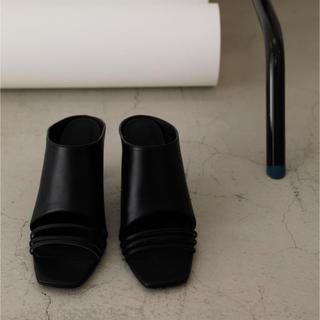 シェルターオリジナル(Shel'tter ORIGINAL)のRIM.ARK Thin line square heel スクエアヒール(ハイヒール/パンプス)
