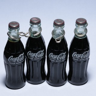 コカコーラ(コカ・コーラ)の当時物 コカ・コーラ ミニボトル4本セット アンティーク グッズ(ノベルティグッズ)