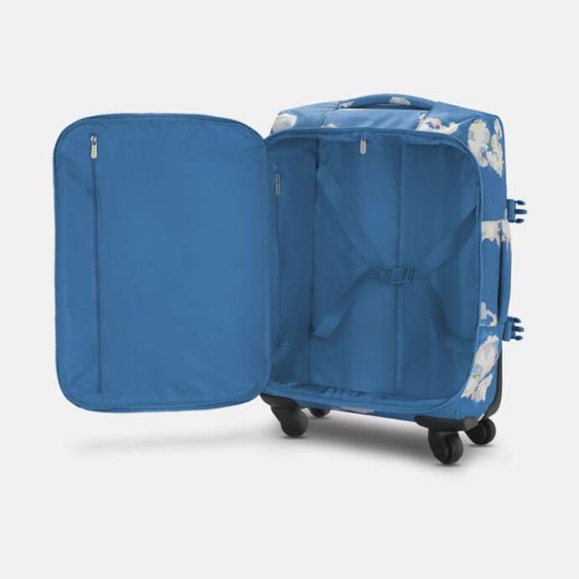 Cath Kidston(キャスキッドソン)の新品 キャスキッドソン  キャリーバッグ キャリーケース スーツケース 雲  レディースのバッグ(スーツケース/キャリーバッグ)の商品写真