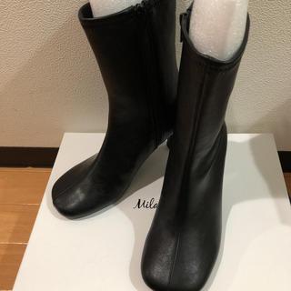 ミラオーウェン(Mila Owen)のまる様専用 Mila owen 新作 新品未使用 ショートブーツ 定価以下(ブーツ)