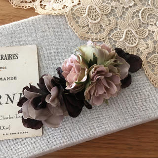 モーブバラとブラウン、パープルグレー紫陽花のバレッタ(ヘアアクセサリー)