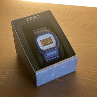 ジーショック(G-SHOCK)のG-SHOCK 3229 DW-5600M ブルー/ホワイト(腕時計(デジタル))